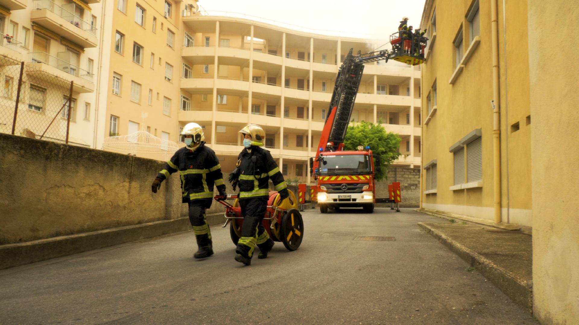 Pompiers de Nice, Travail en Simulatané